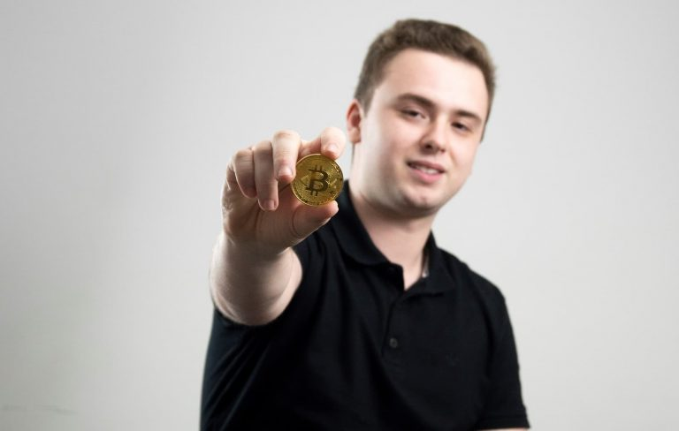 Investir em Bitcoin: Como começar? – Guia completo
