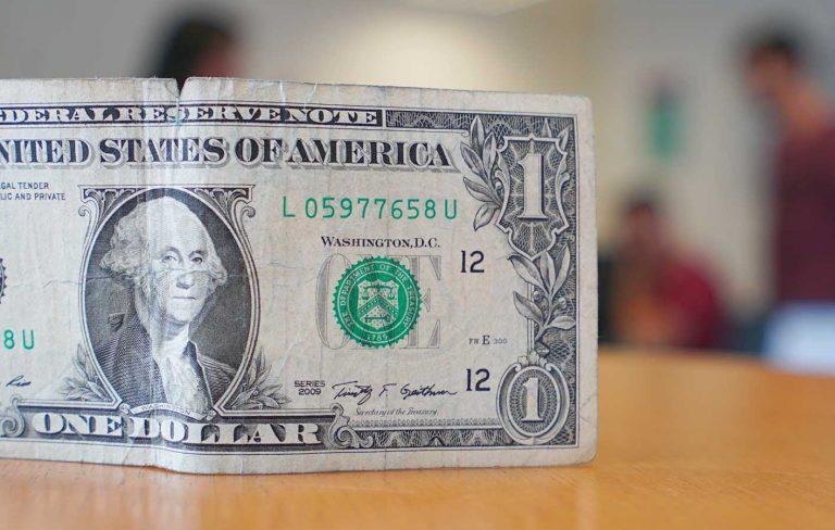 Qual token pareado com dólar usar?